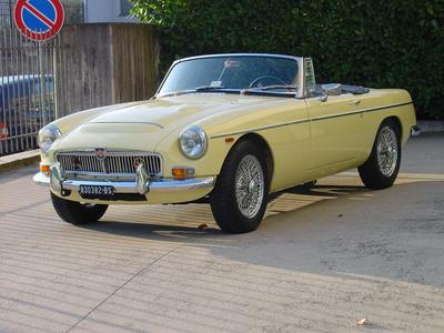 www.BRESCIACAR.it -MG C ROADSTER anno 1968