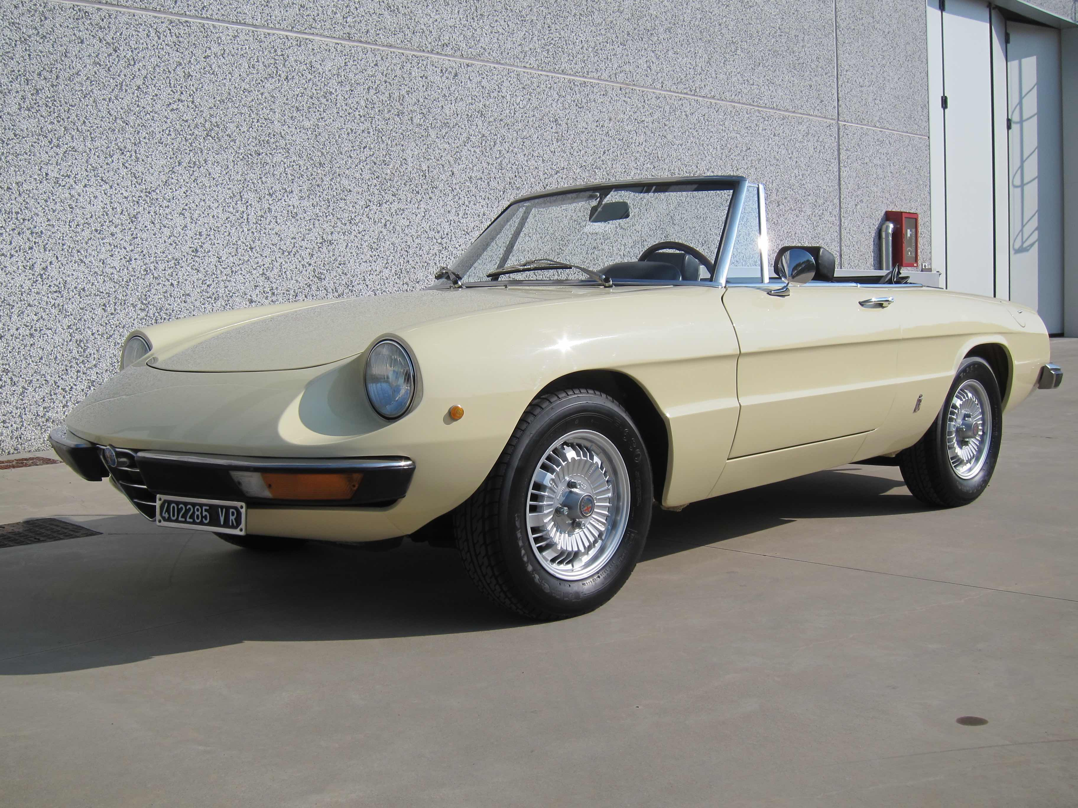 www.BRESCIACAR.it -ALFA ROMEO SPIDER JUNIOR 1300 anno 1975