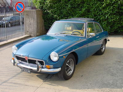 www.BRESCIACAR.it -MG B GT anno 1971