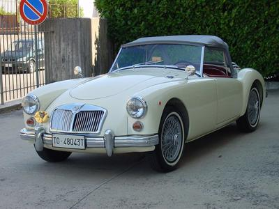 www.BRESCIACAR.it -MG A 1600 anno 1961